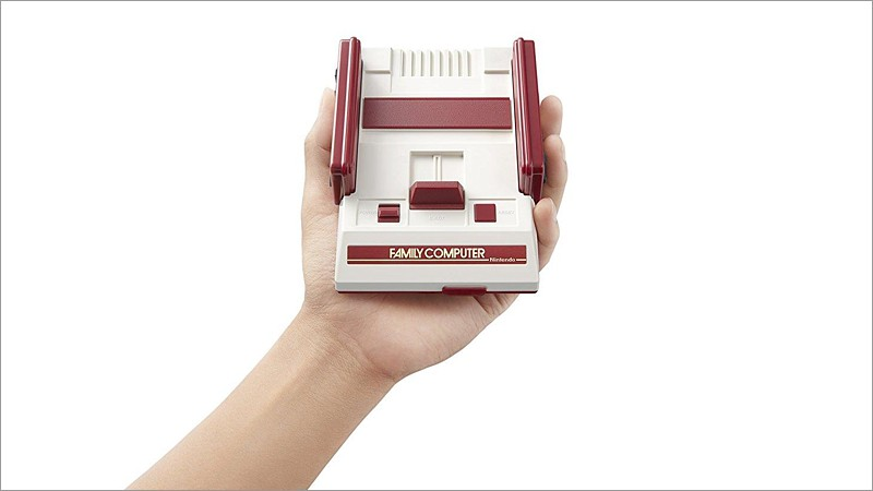 Nintendo Famicom - Classic Mini, NES Japan-Version (30 Games, 2 Controller)