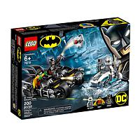 LEGO Super Heroes: Batman - Batcycle-Duell mit Mr. Freeze (76118)