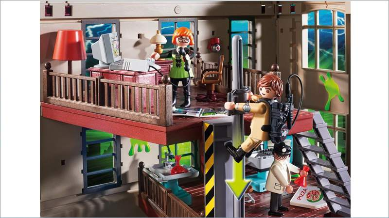 finest playmobil feuerwache with playmobil haus. Black Bedroom Furniture Sets. Home Design Ideas